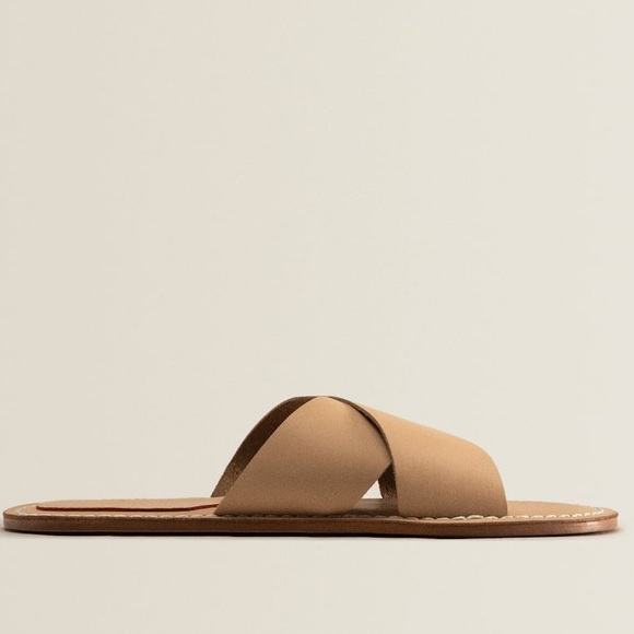 NWT. Zara Home Tan Leather Sandals. Size 10